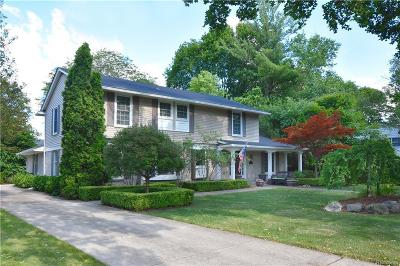 Bloomfield Hills Single Family Home For Sale: 170 Chewton Rd