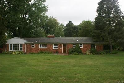 Bloomfield Hills Single Family Home For Sale: 4760 Haddington