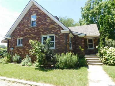 Waterford Single Family Home For Sale: 1305 W Huron St