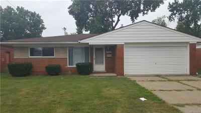 Macomb Single Family Home For Sale: 25033 Patricia Ave