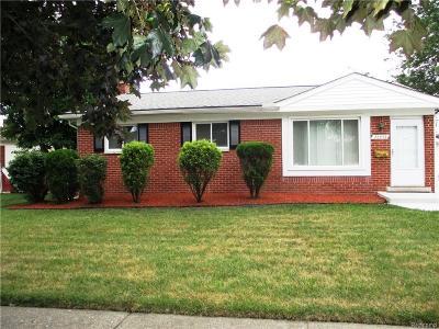 Wayne Single Family Home For Sale: 22953 Keyes St