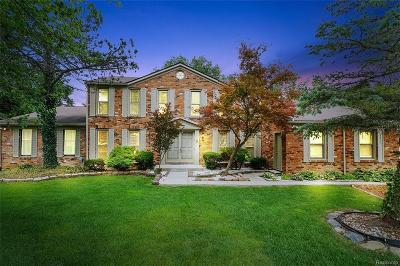 West Bloomfield Single Family Home For Sale: 3048 Brewster