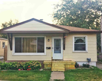 Madison Heights Single Family Home For Sale: 29099 Edward Ave