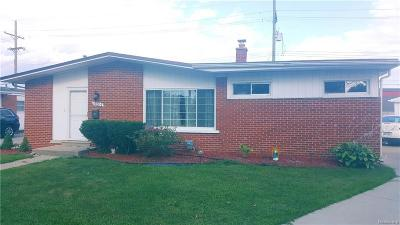 Madison Heights Single Family Home For Sale: 30104 Garry Ave