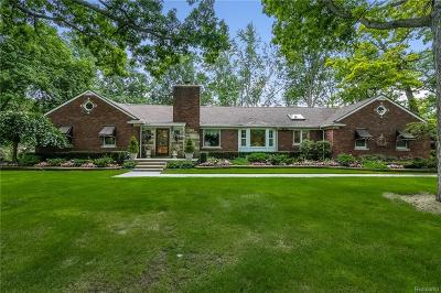 Shelby Twp Single Family Home For Sale: 5500 24 Mile Rd