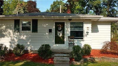 Plymouth Single Family Home For Sale: 618 Kellogg St