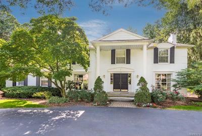 Bloomfield Hills Single Family Home For Sale: 552 Kingsley Trl