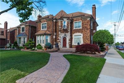 Dearborn Single Family Home For Sale: 7006 Oakman Blvd