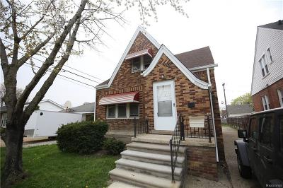 Center Line Single Family Home For Sale: 24829 Wyland