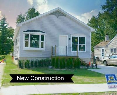 Madison Heights Single Family Home For Sale: 27097 Alger Blvd