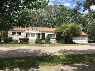 Rochester Single Family Home For Sale: 328 Hiel St