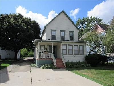 St. Clair Multi Family Home For Sale: 832 Court St