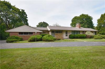 Bloomfield Hills Single Family Home For Sale: 4800 N Harsdale Rd