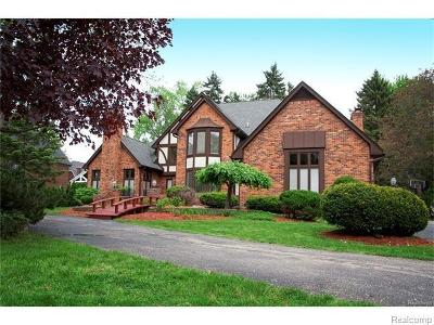Bloomfield Hills Single Family Home For Sale: 2533 Norwood Rd