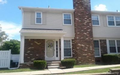 Northville Condo/Townhouse For Sale: 42106 Gladwin St