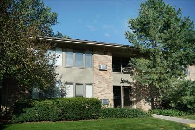 Bloomfield Hills Condo/Townhouse For Sale: 366 Concord Pl