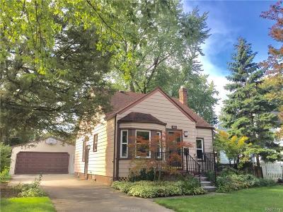 Berkley Single Family Home For Sale: 1673 West Blvd
