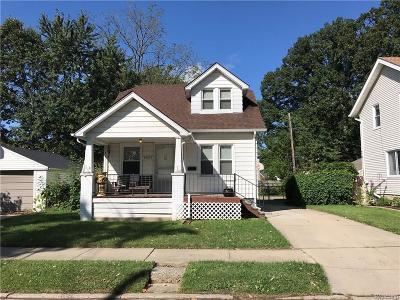 Berkley Single Family Home For Sale: 2637 Gardner Ave