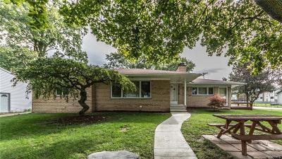 Rochester Hills Single Family Home For Sale: 3261 Bathurst Ave