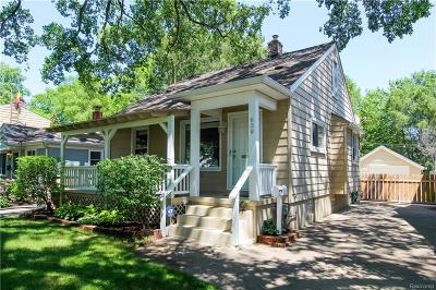 Royal Oak Single Family Home For Sale: 639 S Rembrandt Ave