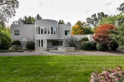 Bloomfield Hills Single Family Home For Sale: 1535 W Long Lake Rd