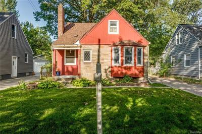 Royal Oak Single Family Home For Sale: 911 N Gainsborough Ave