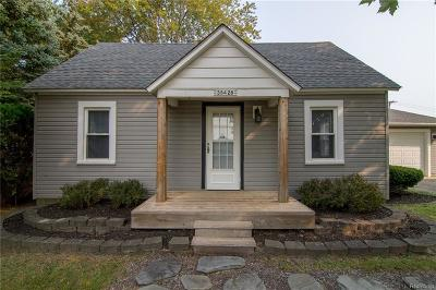 Westland Single Family Home For Sale: 38428 Palmer Rd