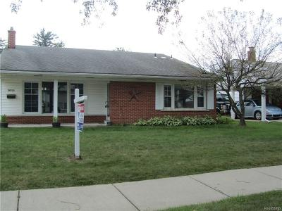 Livonia Single Family Home For Sale: 29723 Lamar Ln
