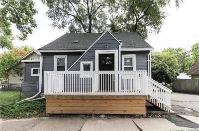 Berkley Single Family Home For Sale: 2879 Wakefield Rd