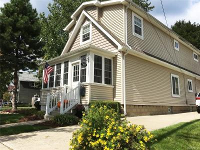 Plymouth Single Family Home For Sale: 508 Roe St