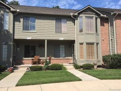 Livonia Condo/Townhouse For Sale: 31514 Merriwood Park Dr
