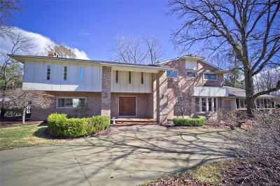 Bloomfield Hills Single Family Home For Sale: 1228 Stuyvessant Rd