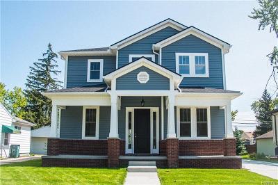 Berkley Single Family Home For Sale: 2994 Wakefield Rd