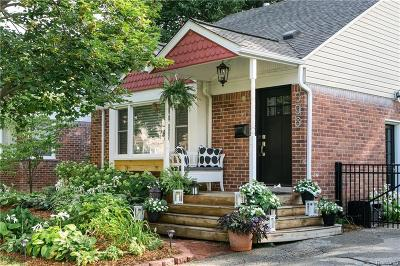 Plymouth Single Family Home For Sale: 396 Auburn St