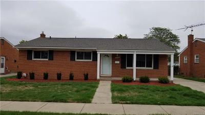 Westland Single Family Home For Sale: 7716 Carrousel Blvd