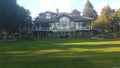 Lapeer Single Family Home For Sale: 5621 Sandy Ln Ln