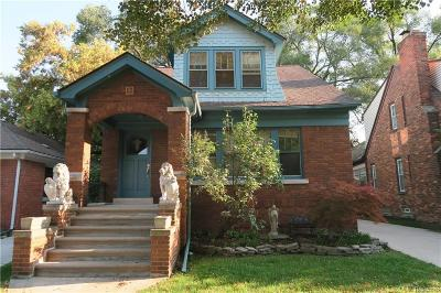 Grosse Pointe Farms Single Family Home For Sale: 470 Manor St