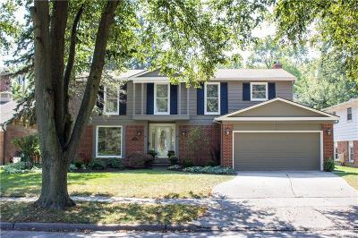 Royal Oak Single Family Home For Sale: 3102 Vinsetta Blvd