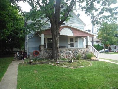 Lapeer Multi Family Home For Sale: 6702 Washington St