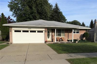 Fraser Single Family Home For Sale: 31260 Hayes Rd