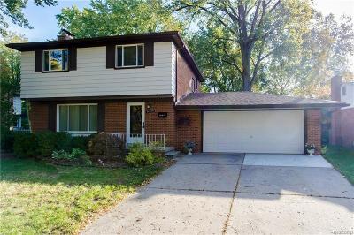 Livonia Single Family Home For Sale: 14518 Gary Ln