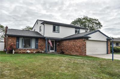 Dearborn Heights Single Family Home For Sale: 908 Sherbourne Dr
