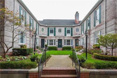 Grosse Pointe Condo/Townhouse For Sale: 45 Cranford Ln