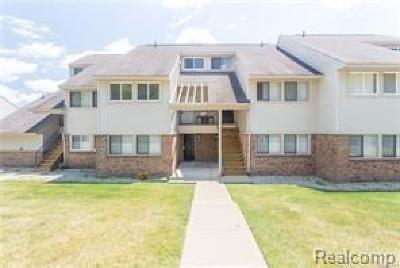 Auburn Hills Condo/Townhouse For Sale: 2592 Davison Ave