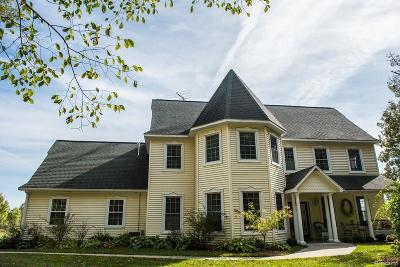 Lapeer Single Family Home For Sale: 649 Harsen Rd