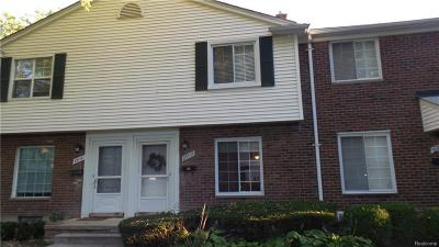 Saint Clair Shores Condo/Townhouse For Sale: 23117 Arthur Crt