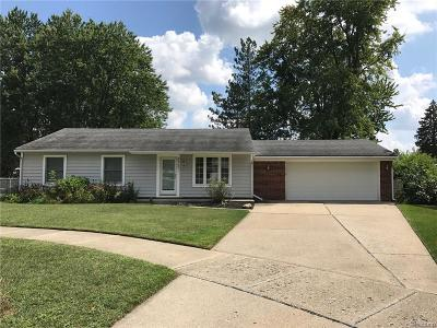 Plymouth Single Family Home For Sale: 44691 Jodi Crt