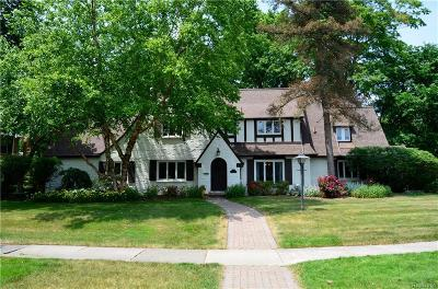Bloomfield Hills Single Family Home For Sale: 391 N Cranbrook Rd