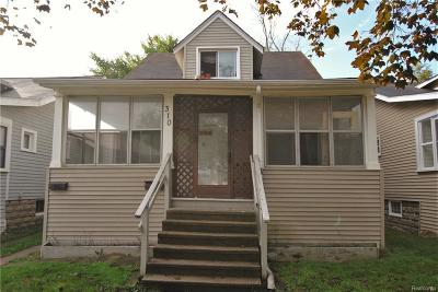 Oakland Multi Family Home For Sale: 310 College St