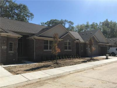 Warren Condo/Townhouse For Sale: 30944 Georgetown Dr